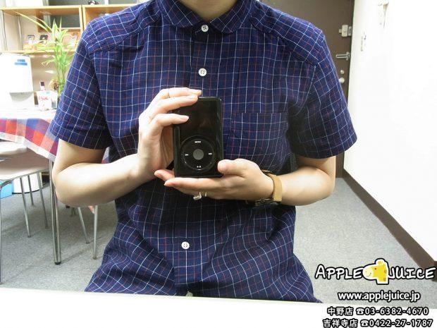 iPodClassic ハードディスク故障後のお客様との写真