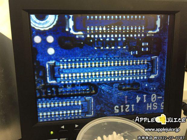 新しいタッチコネクタをつけたiPhone6の基板