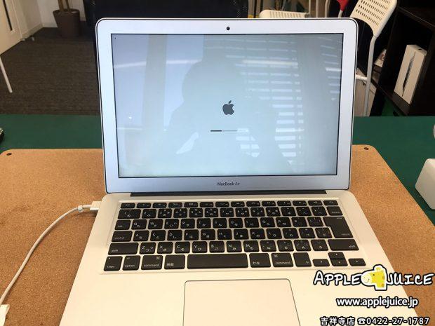 基板修理をして正常に起動しているMacBook Air 13inch